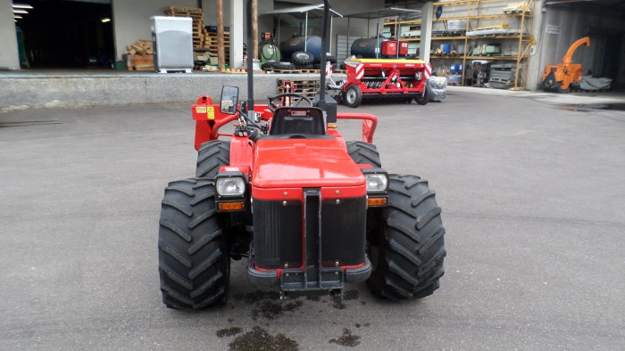Carraro 3800 usato falciatrici a doppio assale for Consorzio agrario cremona macchine agricole usate