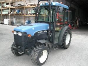 New holland tnv 65 dt usato trattori frutteto for Consorzio agrario cremona macchine agricole usate