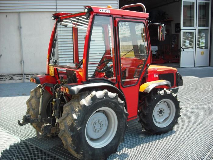 antonio carraro trf 7400 gebraucht traktoren obstbau. Black Bedroom Furniture Sets. Home Design Ideas